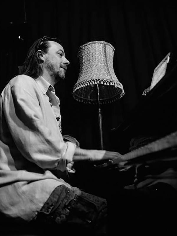 MorenoPiccoli_insegnante_pianoforte